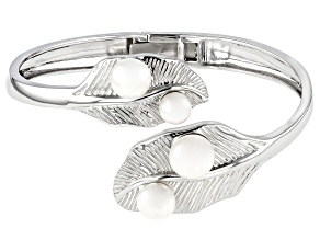 Pre-Owned White Cultured Freshwater Pearl 7-10.5mm Rhodium Over Sterling Silver Bangle