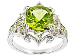 Pre-Owned Green peridot rhodium over silver ring 3.14ctw