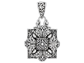 Pre-Owned Sterling Silver Floral Pendant