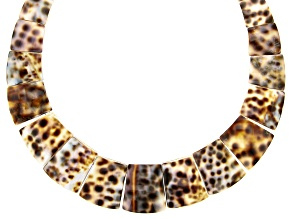 Pre-Owned White and Brown Shell Collar Necklace