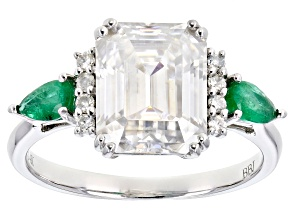 Pre-Owned Moissanite and Zambian emerald 14k white gold ring 3.63ctw DEW