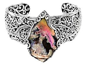 Pre-Owned Multicolor Fossilized Drusy Quartz Shell Silver Bracelet