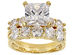 Pre-Owned 7.4ctw Princess Cut White Cubic Zirconia .925 18k yellow gold over silver. 5-Stone Band