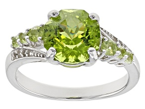 Pre-Owned Green peridot sterling silver ring 3.08ctw