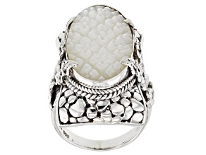 Pre-Owned White Mother Of Pearl Silver Flower Ring