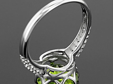 Pre-Owned Green Peridot Sterling Silver Ring 4.55ctw