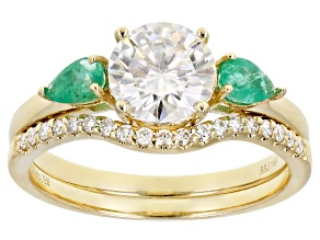 Pre-Owned Moissanite and Zambian emerald 14k yellow gold ring set 1.39ctw DEW.