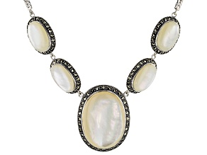 Pre-Owned White Mother-Of-Pearl Sterling Silver Necklace