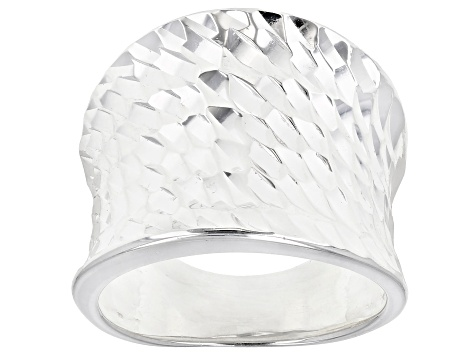 Pre-Owned Sterling Silver Concave Faceted Diamond Cut Ring.