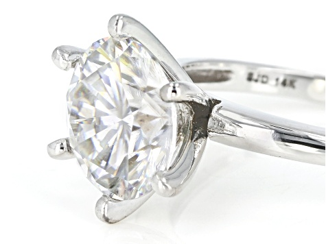 Pre-Owned 14k Wg 3.10ct DEW Rd Moissanite Fire® Ring