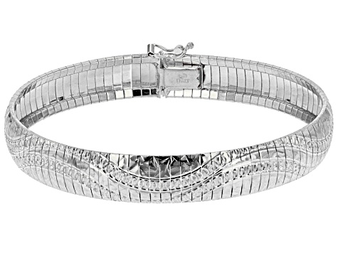 d3d612cf932 Pre-Owned Sterling Silver Diamond Cut Wave Pattern Omega Bracelet 7.5 inch