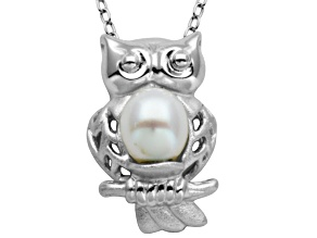 5.5-6mm White Cultured Freshwater Pearl Silver Owl Pendant With 18