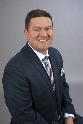 Headshot photo of Craig Shields