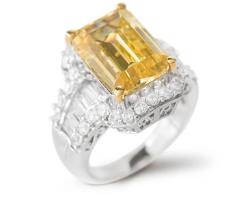 Charles Winston for Bella Luce Ring