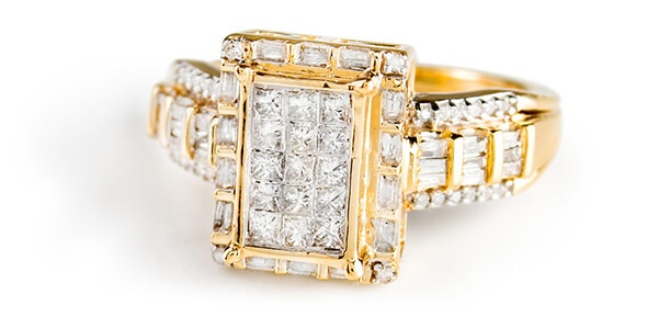 Diamond Ring in Gold