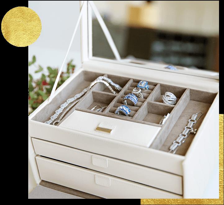 Jewelry box with assorted jewelry
