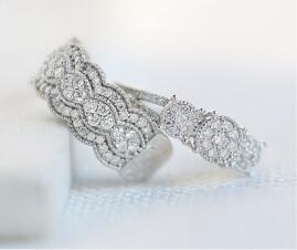 Lab-grown diamond rings