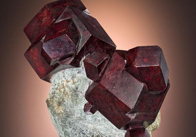 Garnet gemstone specimen