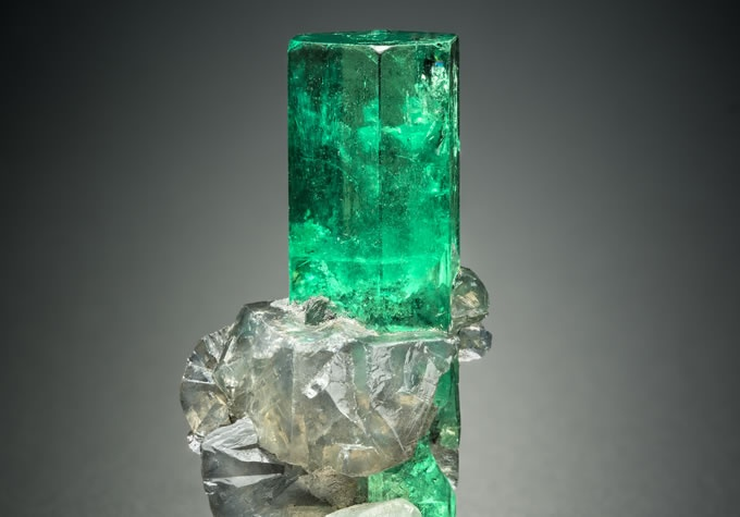 Emerald gemstone specimen