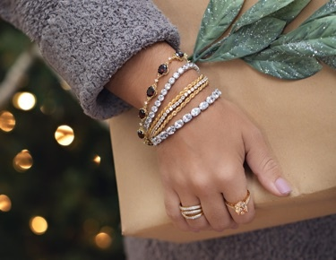 Bella Holiday Jewelry