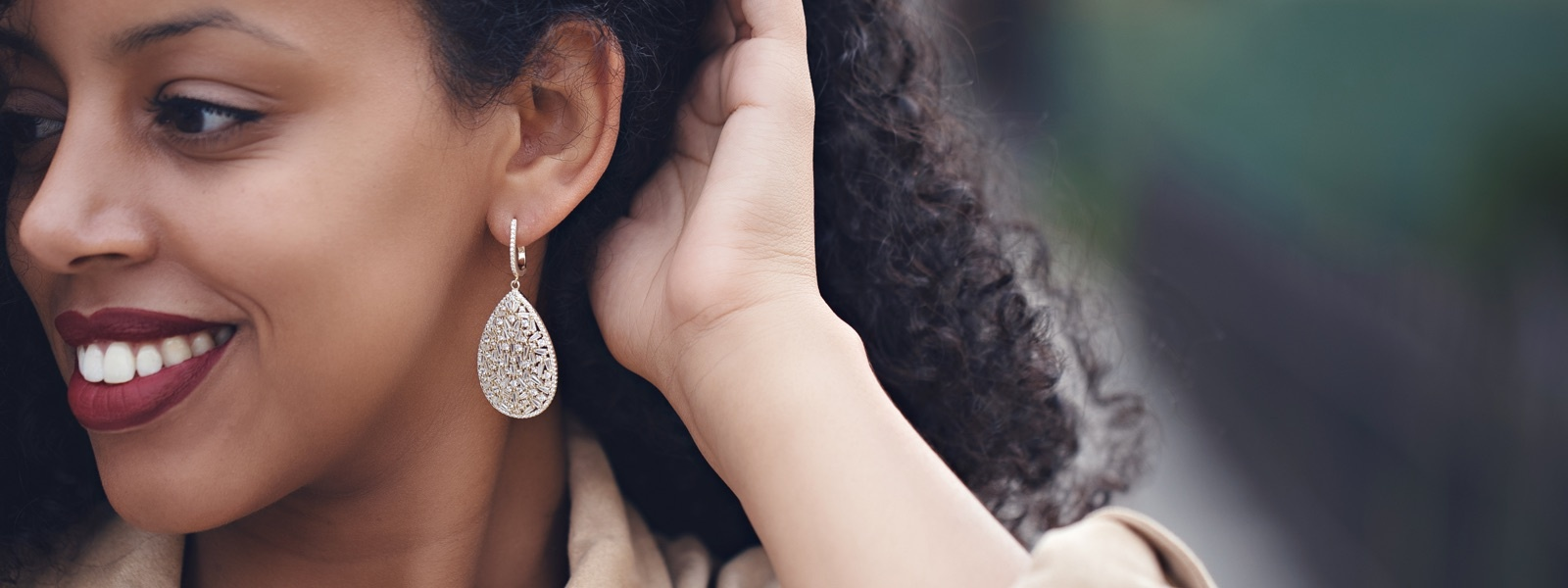 Bella Luce teardrop earring